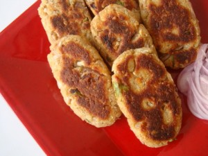 Potato Cheese Cutlets at DesiRecipes.com