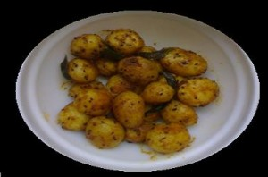 Chatpatey Allu at DesiRecipes.com