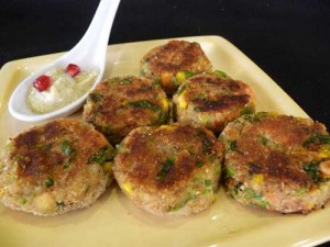 Aloo Ki Tikkiyan (Potato Cutlets) recipe