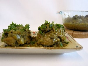 Chicken In Green Masala at DesiRecipes.com