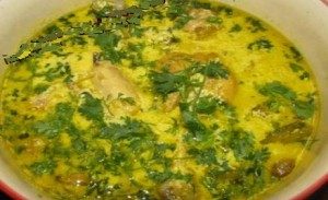 Kashmiri Chicken Curry at DesiRecipes.com