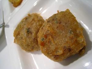 Potato Cutlets In Bread Crumbs at DesiRecipes.com