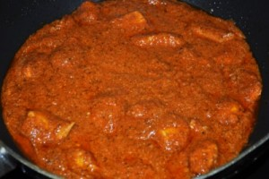 Mazedaar Butter Chicken at DesiRecipes.com