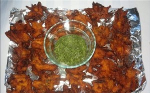 Chicken Pakoray at DesiRecipes.com