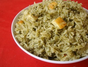 Palak (Spinach) Rice at DesiRecipes.com