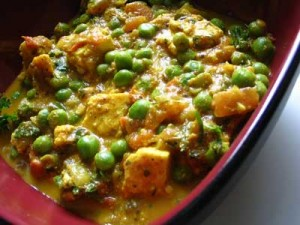Malai Mutter Paneer at DesiRecipes.com